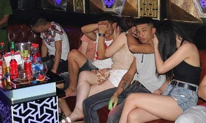 Quán karaoke 'chứa' hơn 50 nam nữ bay lắc cùng ma túy