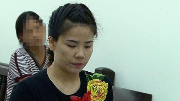 Tú bà dắt mối 30 tiếp viên cho khách Hàn Quốc chọn mua dâm - 1