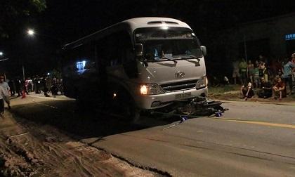 2 người tử vong trong đêm sau tiếng va chạm mạnh trên đường