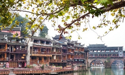 Phượng Hoàng cổ trấn - vẻ đẹp hàng trăm năm vẫn luôn quyến rũ du khách