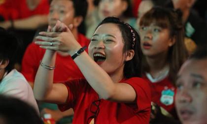 Việt Nam hạ Thái Lan vào phút bù giờ, triệu CĐV vỡ oà sung sướng