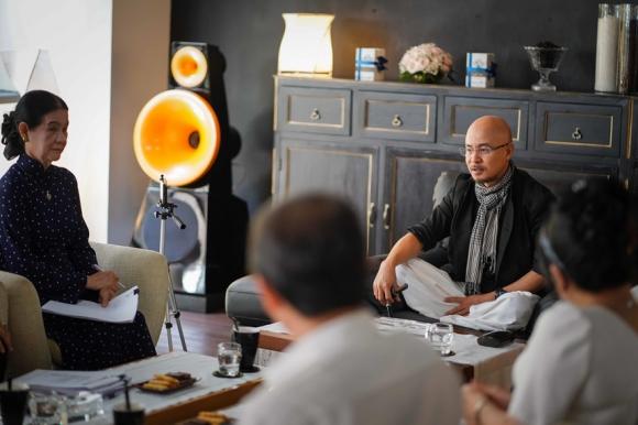 Ong Dang Le Nguyen Vu: 'Qua dau co bi gi ma ba Thao phai cuu' hinh anh 3