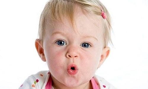 Dấu hiệu sớm về rối loạn ngôn ngữ của trẻ, cha mẹ phải đặc biệt chú ý - 2