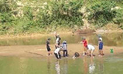 Đi tắm sông, hai bố con ở Hà Tĩnh chết đuối thương tâm