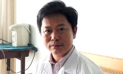 Bác sĩ từng dùng 5 lít bia cứu người ngộ độc rượu được Thủ tướng khen