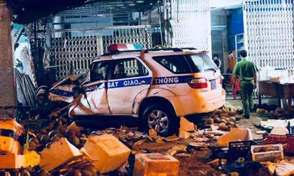 Khởi tố vụ thiếu úy CSGT tông chết thanh niên đứng trước hiên nhà