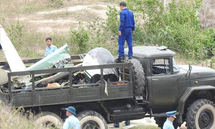 Đưa thi hài 2 phi công vụ máy bay rơi về Bệnh viện Quân y 87