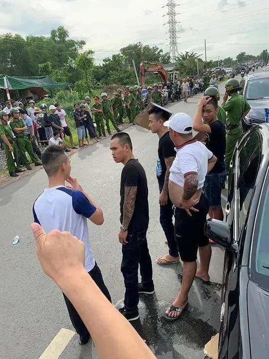 Vụ giang hồ vây xe chở công an ở Biên Hòa: Bắt khẩn cấp 1 đối tượng - 1