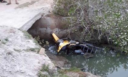 Nam thanh niên tử vong dưới kênh nước cùng chiếc xe máy