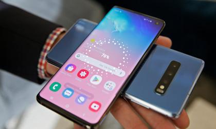 """Giữa 2 """"anh em"""" Galaxy S10/ Galaxy S10+, nên chọn smartphone nào?"""