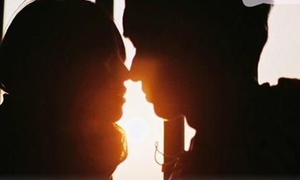 Thiên hạ ấm êm với tình yêu đôi lứa, còn mình vẫn vạn bước độc hành thì đã sao?