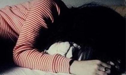 Thiếu nữ 15 tuổi tố bị chủ tiệm tóc ở Sài Gòn xâm hại tình dục
