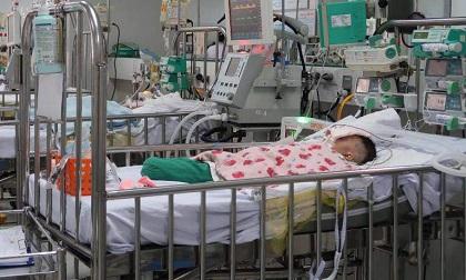 Trẻ bị điếc, thiểu năng vì mắc bệnh dễ lầm với ho sốt, lưu ý biểu hiện này ở trẻ