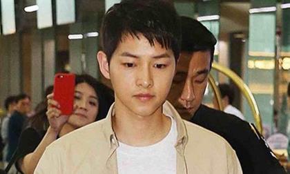 Sự thật chuyện Song Joong Ki bảo vệ Song Hye Kyo giữa bão tin vợ có bầu với người khác