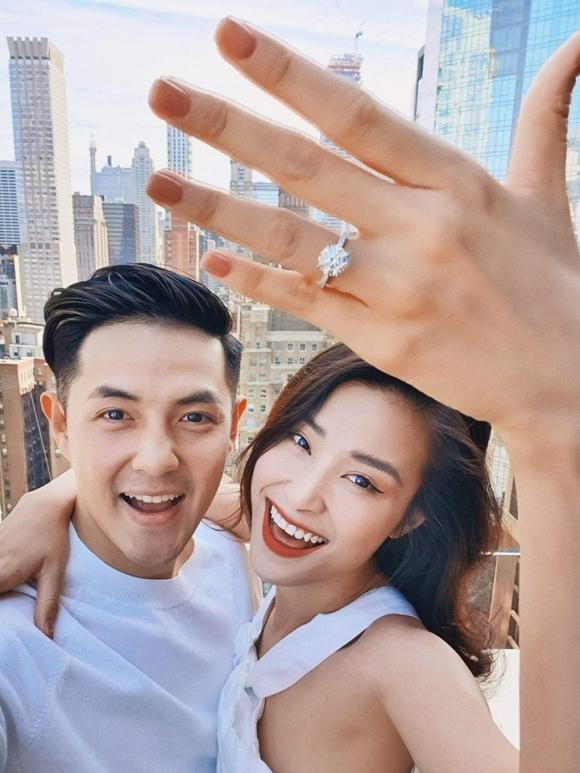 Chuyện tình 10 năm đẹp như cổ tích của Đông Nhi và Ông Cao Thắng trước khi làm đám cưới-1