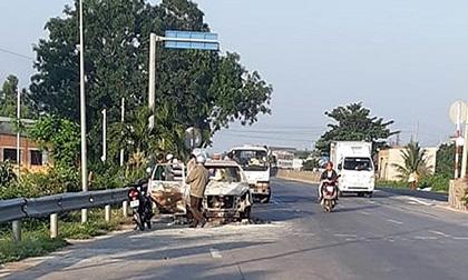 Xe Inova bốc cháy cạnh Trạm BOT Sông Phan