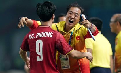 Trợ lý thầy Park: 'World Cup là thử thách bóng đá Việt Nam có thể nghĩ tới'