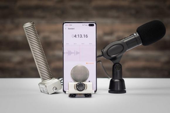 Sốc: Người dùng smartphone đang bị nghe lén - 4