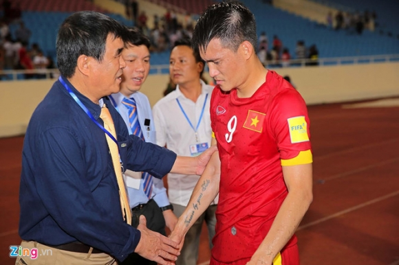 Tu giot nuoc mat cua Cong Vinh toi ngay Viet Nam noi ve World Cup 2022 hinh anh 1