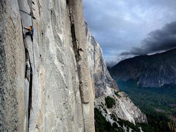 Cuộc thử thách của những người không sợ tử thần ở một ngọn núi tại Mỹ - 4