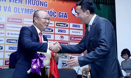 Tuyển Việt Nam thắng Thái Lan, tương lai thầy Park ngã ngũ