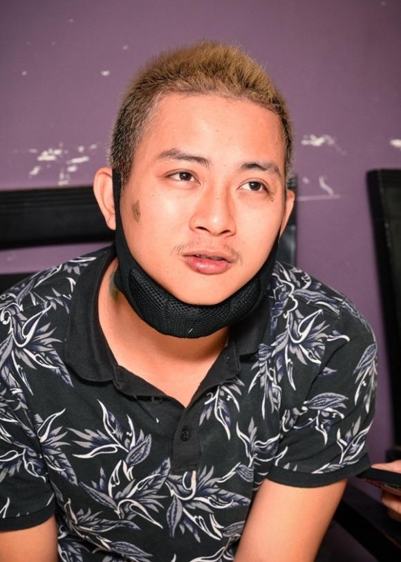 Hoài Lâm – sao trẻ chưa kịp lên đỉnh hào quang đã trở thành ông bố nặng gánh mưu sinh ở tuổi 24-7