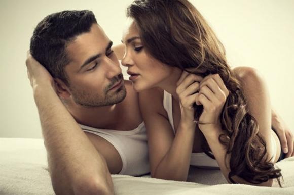 Phụ nữ thông minh làm 4 điều mỗi ngày khiến chồng 'say như điếu đổ', điều số 1 nhiều người hay bỏ qua - 3