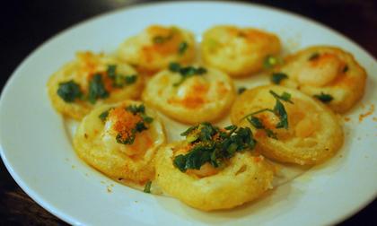 Khách nước ngoài mách nhau những món ăn đường phố cực kỳ hấp dẫn ở Sài Gòn