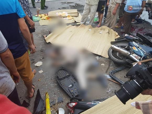 Ảnh: Hiện trường đầy ám ảnh vụ tai nạn khiến ít nhất 6 người tử vong tại Hải Dương - 12