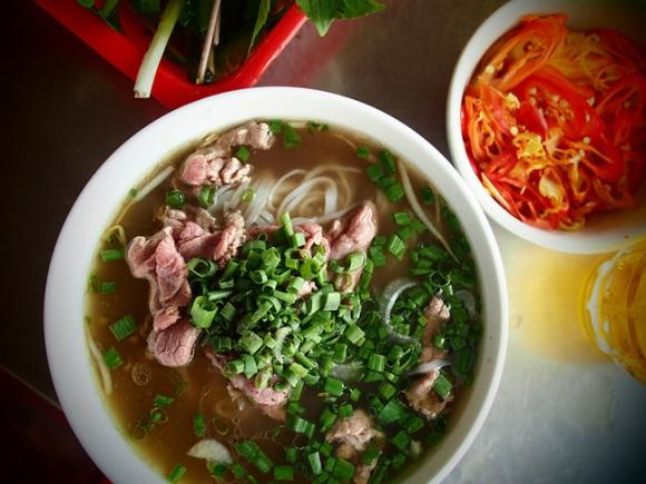 Khách nước ngoài mách nhau những món ăn đường phố cực kỳ hấp dẫn ở Sài Gòn - 12