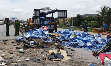 5 người bị xe tải đâm tử vong ở Hải Dương có phải vì đứng xem vụ tai nạn?