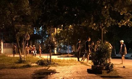 Quảng Ninh: Người đàn ông dùng kiếm truy đuổi, chém liên tiếp vào người phụ nữ khiến dân mạng bức xúc
