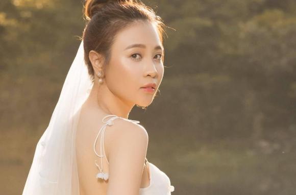 Dam Thu Trang - chan dai showbiz khien Cuong Do La me dam hinh anh 2