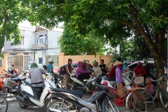 2 chị em gái bị 2 gã hàng xóm xâm hại ở Hà Nội: Chưa biết giải quyết cái thai thế nào - Ảnh 3.