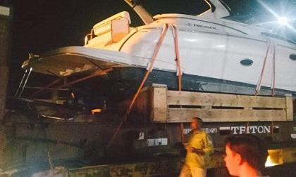 Phụ xe chết thảm khi giải cứu phương tiện mắc kẹt vào gầm cầu cao tốc Long Thành