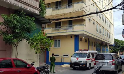 Điều tra vụ thầy giáo người nước ngoài tử vong khi rơi từ tầng 4