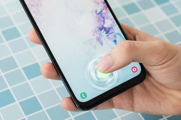 Đây là những smartphone giá rẻ sở hữu khóa vân tay trên màn hình - 2
