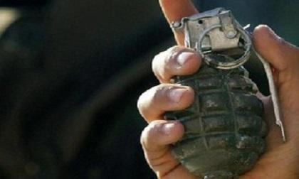 Nhóm buôn ma túy ném lựu đạn về phía cảnh sát trong lúc tháo chạy