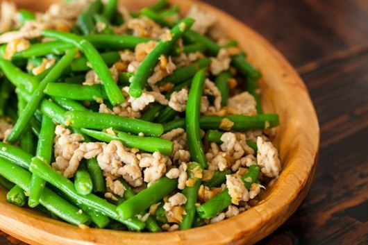 5 thực phẩm nấu không chín kỹ sẽ chuyển hóa thành