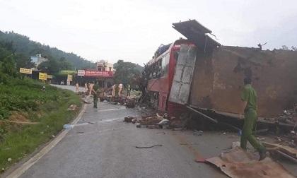 Danh tính các nạn nhân vụ xe khách tông xe tải ở Hoà Bình