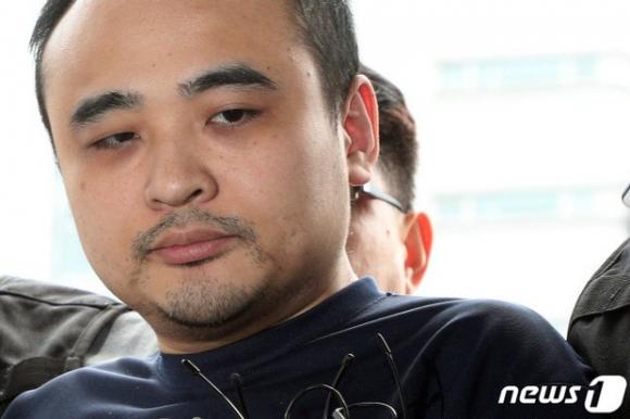 Công khai danh tính kẻ giết người phân xác rúng động Hàn Quốc, hé lộ bài đăng và dòng bình luận đáng sợ của tên này trong quá khứ - 1