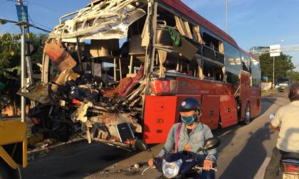 Tai nạn kinh hoàng ở Khánh Hòa: Nạn nhân leo qua kính vỡ thoát hiểm