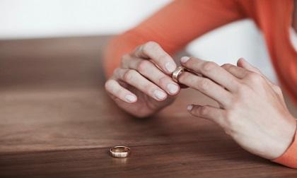 Phật dạy: 2 thứ không được nợ dù là người thân nhất, ai cũng nên khắc cốt ghi tâm