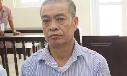 Mua xăng đốt nhà chủ cũ, gã thợ điện nước lĩnh án 8 năm tù