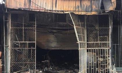 Cháy cửa hàng tạp hóa lúc rạng sáng, mẹ cùng con gái 1 tuổi mắc kẹt tử vong