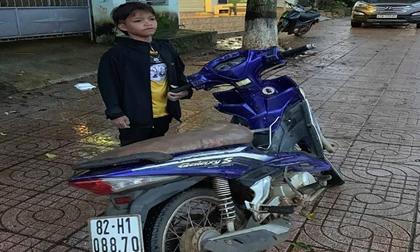 Trẻ 13 tuổi chạy xe máy gần 300km từ Kon Tum sang Đắk Lắk