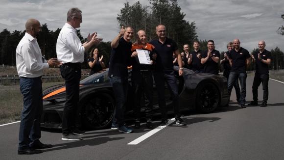 Siêu xe Bugatti lần đầu đạt tốc độ 490 km/h, phá vỡ mọi kỷ lục - 1