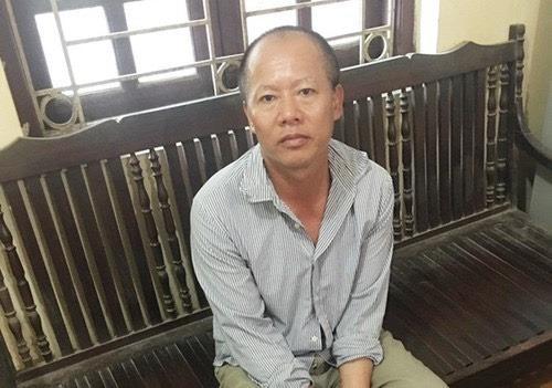 Nguyễn Văn Đông tại cơ quan công an
