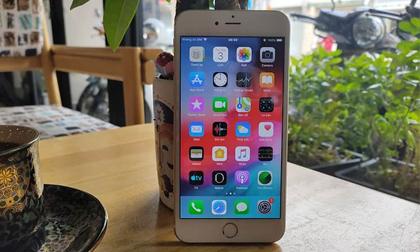 Đây là mẫu iPhone tưởng như đã 'lỗi thời' nhưng ai ngờ vẫn còn rất hot