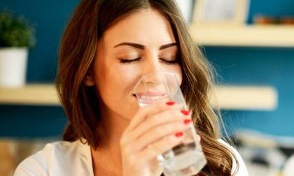 Uống nước kiểu này 'giết' thận nhanh khủng khiếp, nhiều người Việt làm hằng ngày